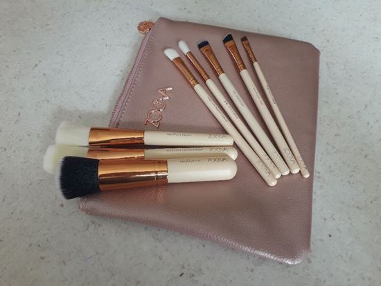 Picture of Четки за грим Зоева 8бр с чантичка розови Zoeva brush set