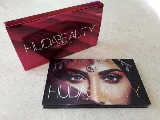 Picture of Палитра сенки за очи Худа дезърт Huda Beauty Desert Dusk